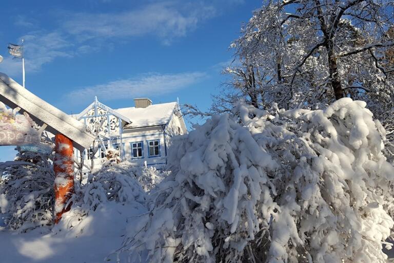 KuToppen i vinterdrakt. Foto.