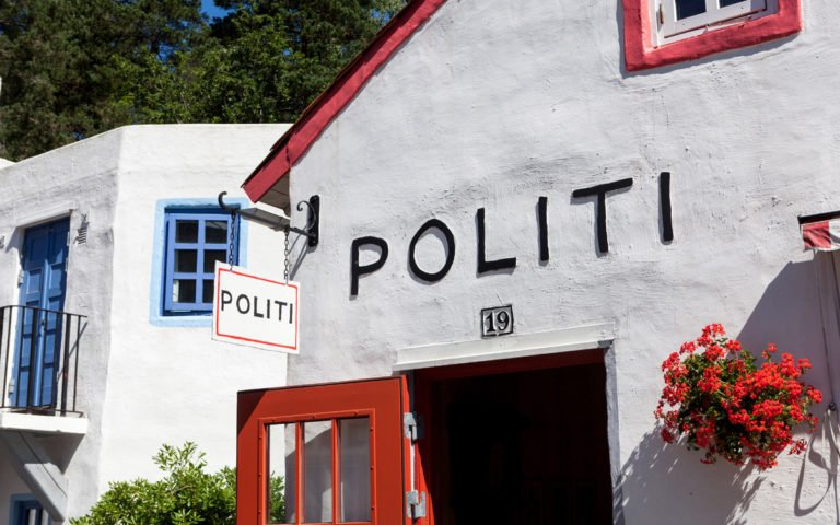 Politistasjonen